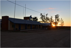 Kynuna Sunset at the Blue Heeler Hotel